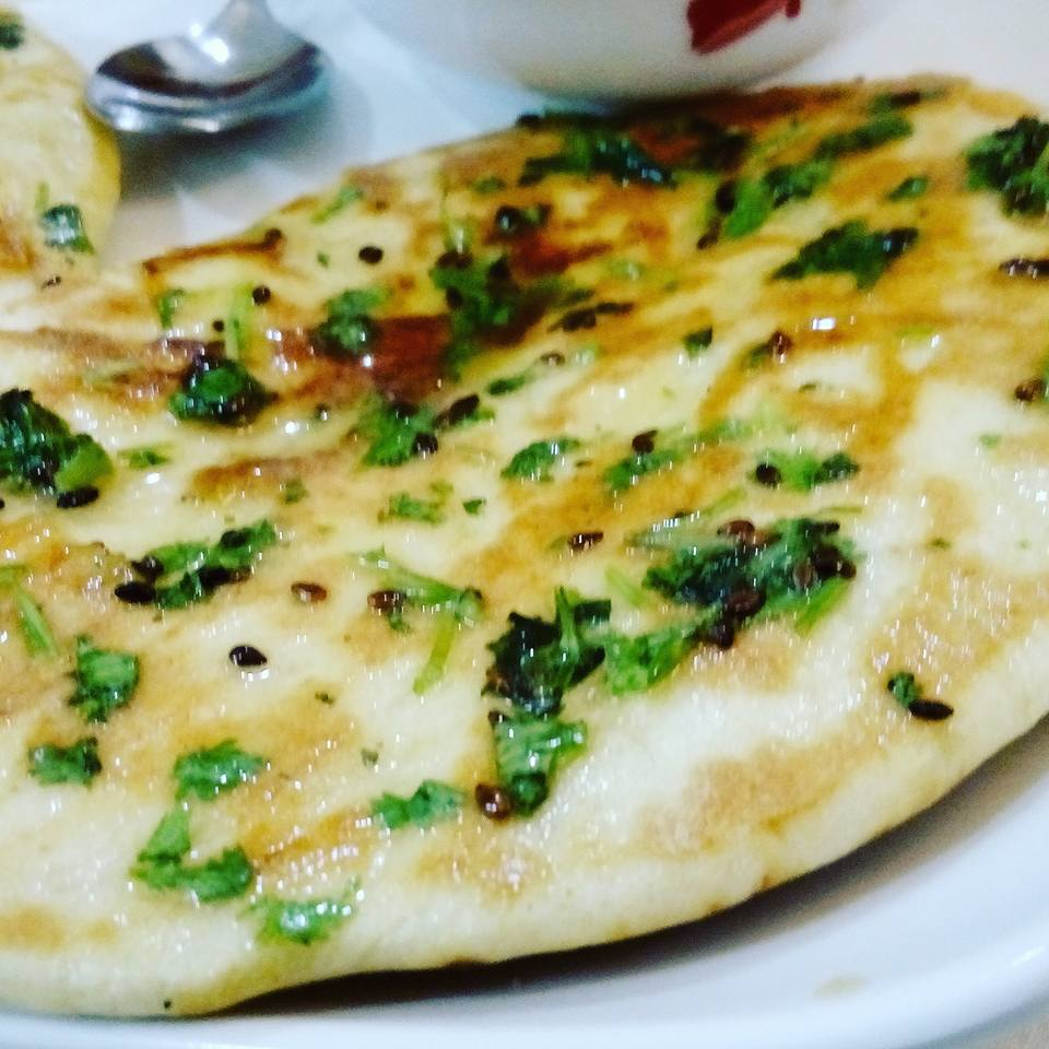 Butter Garlic Tawa Naan Recipe