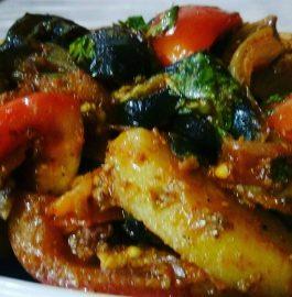 Aaloo Baingan (Brinjal) ki Sabzi Recipe