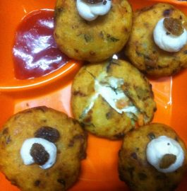 Nargisi Kabab with Hung Curd Recipe