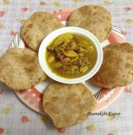 Bedmi Puri with Aloo Wadi ki Sabzi Recipe