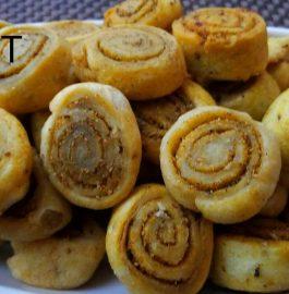 Crispy Bhakarwadi Recipe