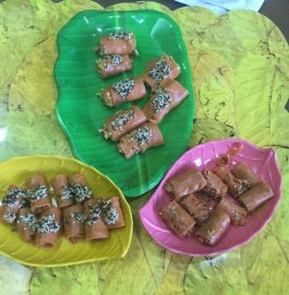 Tangy Tomato Khandvi Recipe