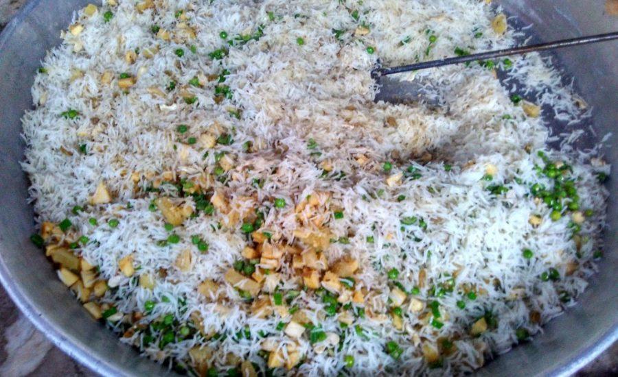 Apple Pineapple Matar ka Shahi Pulao Recipe
