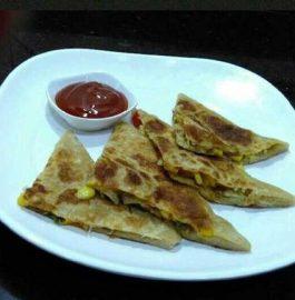 Pizza Parantha Recipe