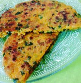 Makki Methi ka Paratha Recipe