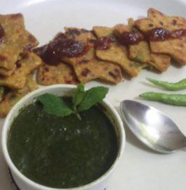 Vegetable Rava Crisps : Delicious Bites