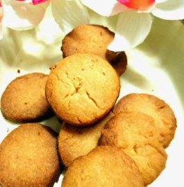 Jeera Wheat Cookies - Tea-time Snack!