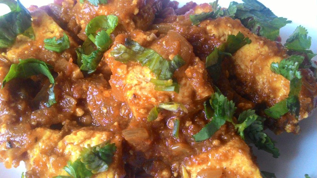 Achari Paneer Gravy - Rich Curry!