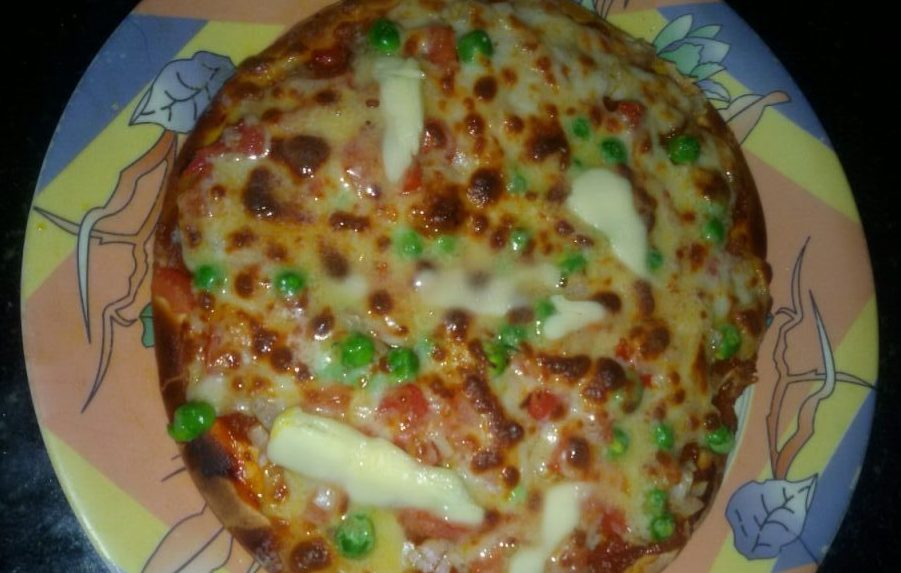 Veg Cheese Pizza - Popular Italian Dish