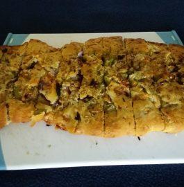 Cheesy Garlic Bread - Tasty Appetizer!