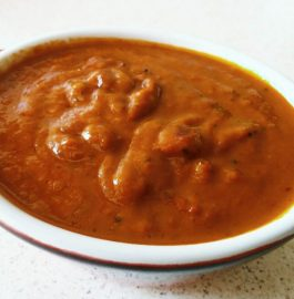 Tangy Tomato Chutney - South Indian Style