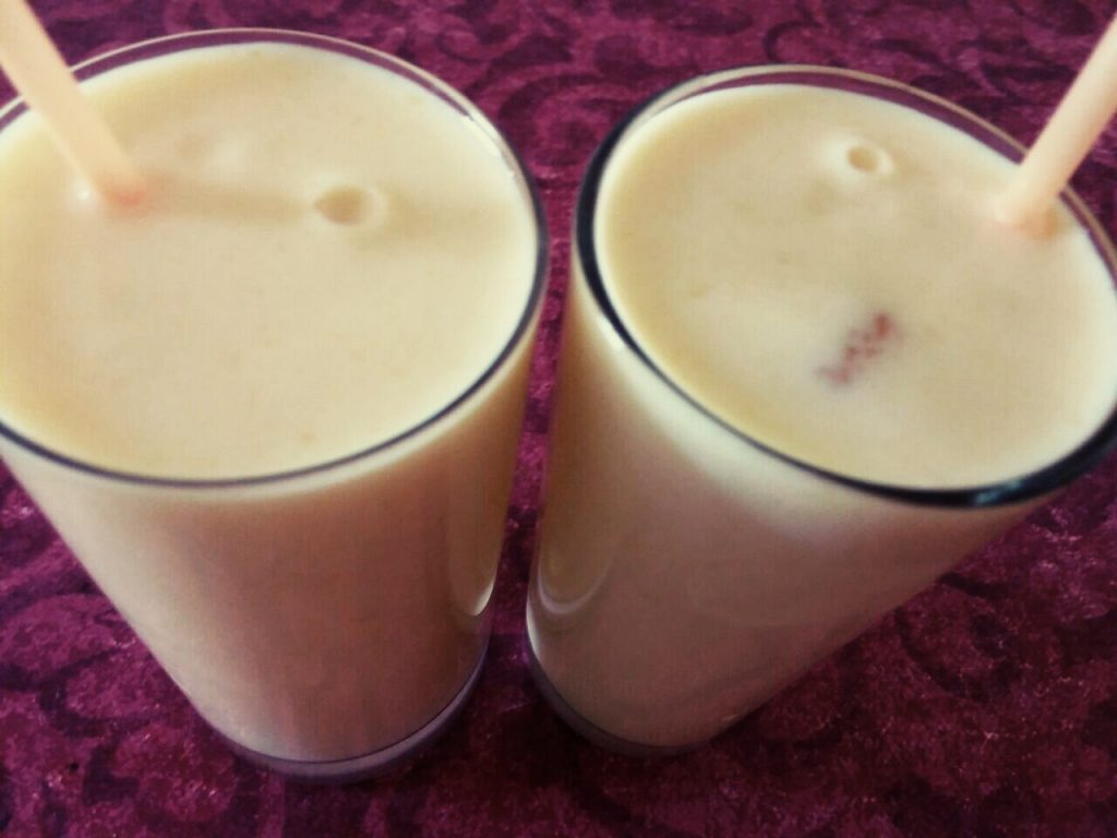 Aamras/Mango Shake - Refreshing Summers Drink