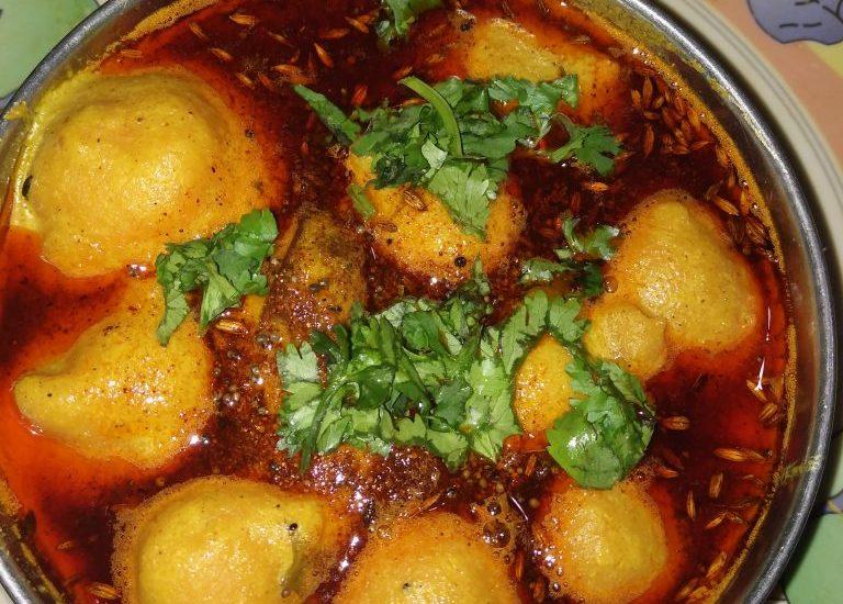 Moong Dal Pakora Kadhi Recipe