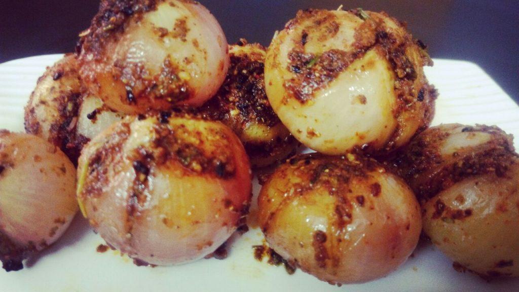 Stuffed Achari Onions Recipe
