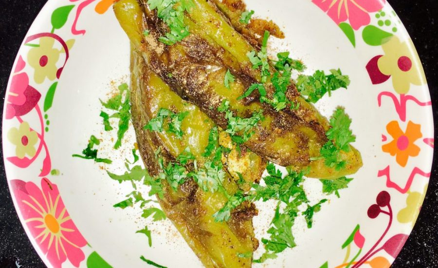 Stuffed Green Chili/Bharleli Mirchi Recipe