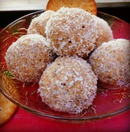 Leftover Marie Gold Biscuits Laddoo Recipe