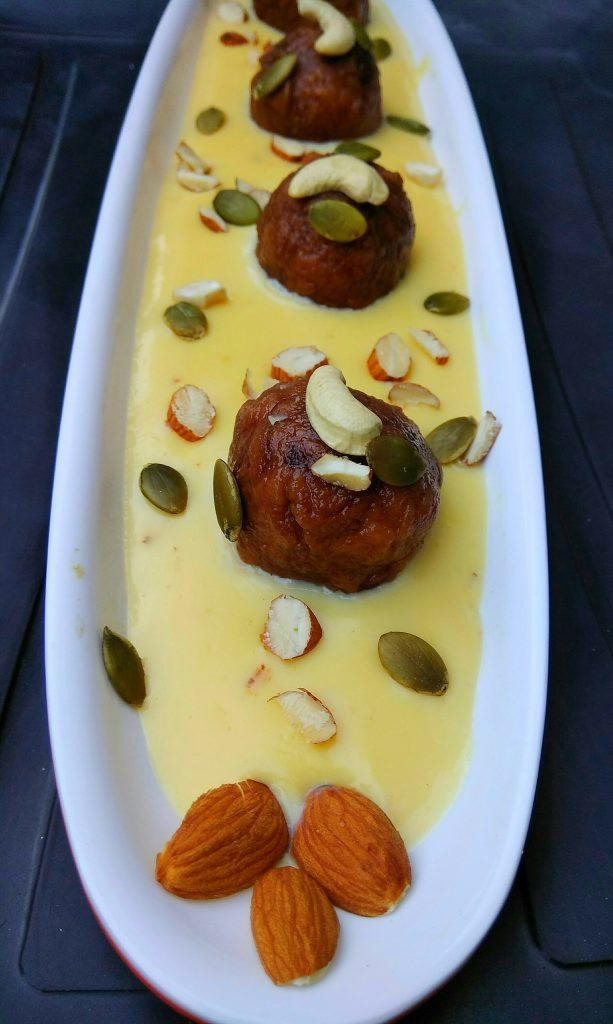 Gulab Jamun With Rabri Recipe