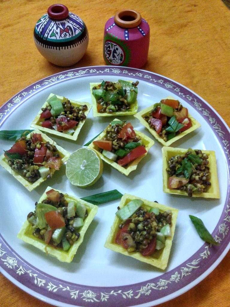 Lemony Sprouts Chaat In Canapes Recipe