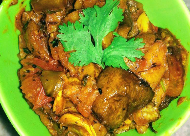 Bihari Aloo Baingan Recipe