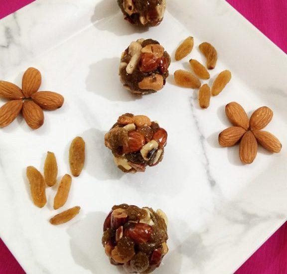 Caramelized Dry Fruit Ladoo Recipe