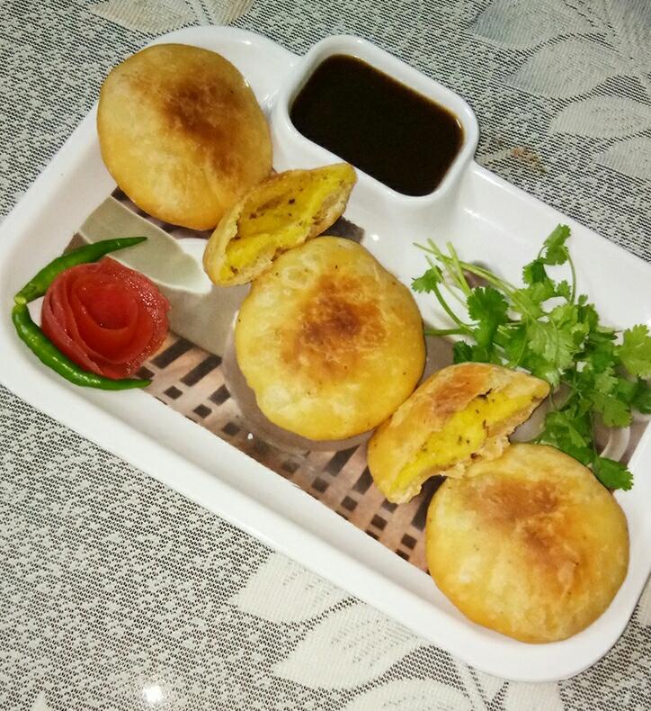 Moong Dal Kachori Recipe