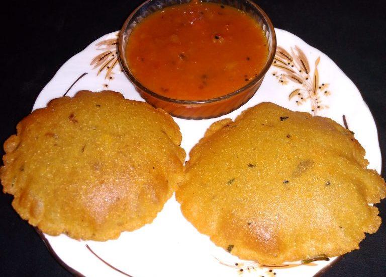 Makka Aloo Poori Recipe