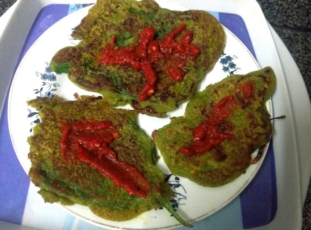 Spinach Leaves Pesarattu Recipe