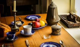 how to plan a menu for overnight guests
