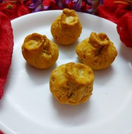 Biscuit Stuffed Potli Recipe