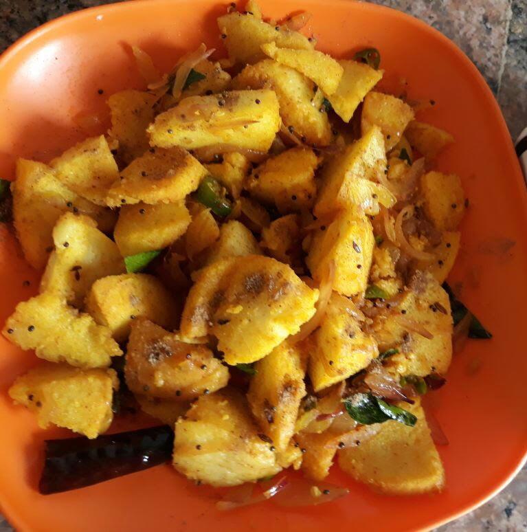 Leftover Idli fry Recipe