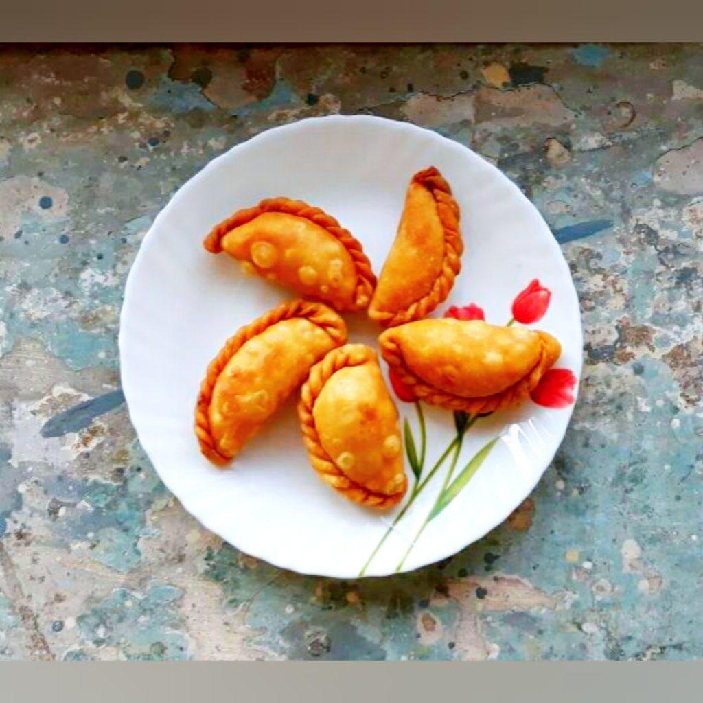 Gujiya | Karanji Recipe