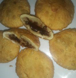 Chocolate Kachori Recipe