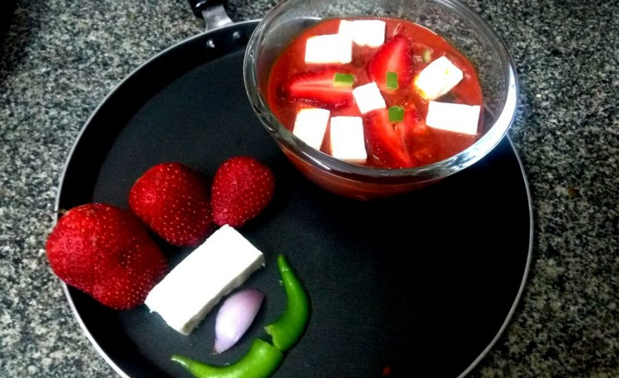 Paneer And Strawberry Curry Recipe