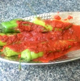 Farhali Bharwa Mirch With Tomato Gravy Recipe