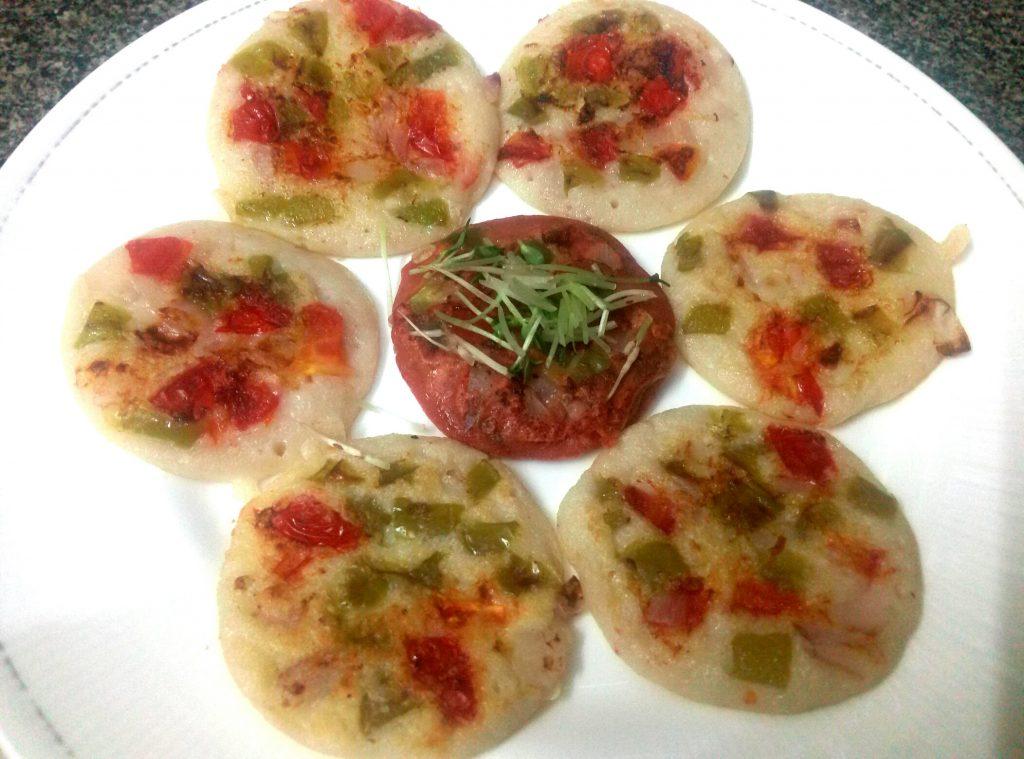 Sooji Urad Dal Mini Uttapam Recipe