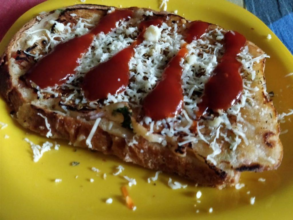 Bread Pizza | 10 Minute Recipe